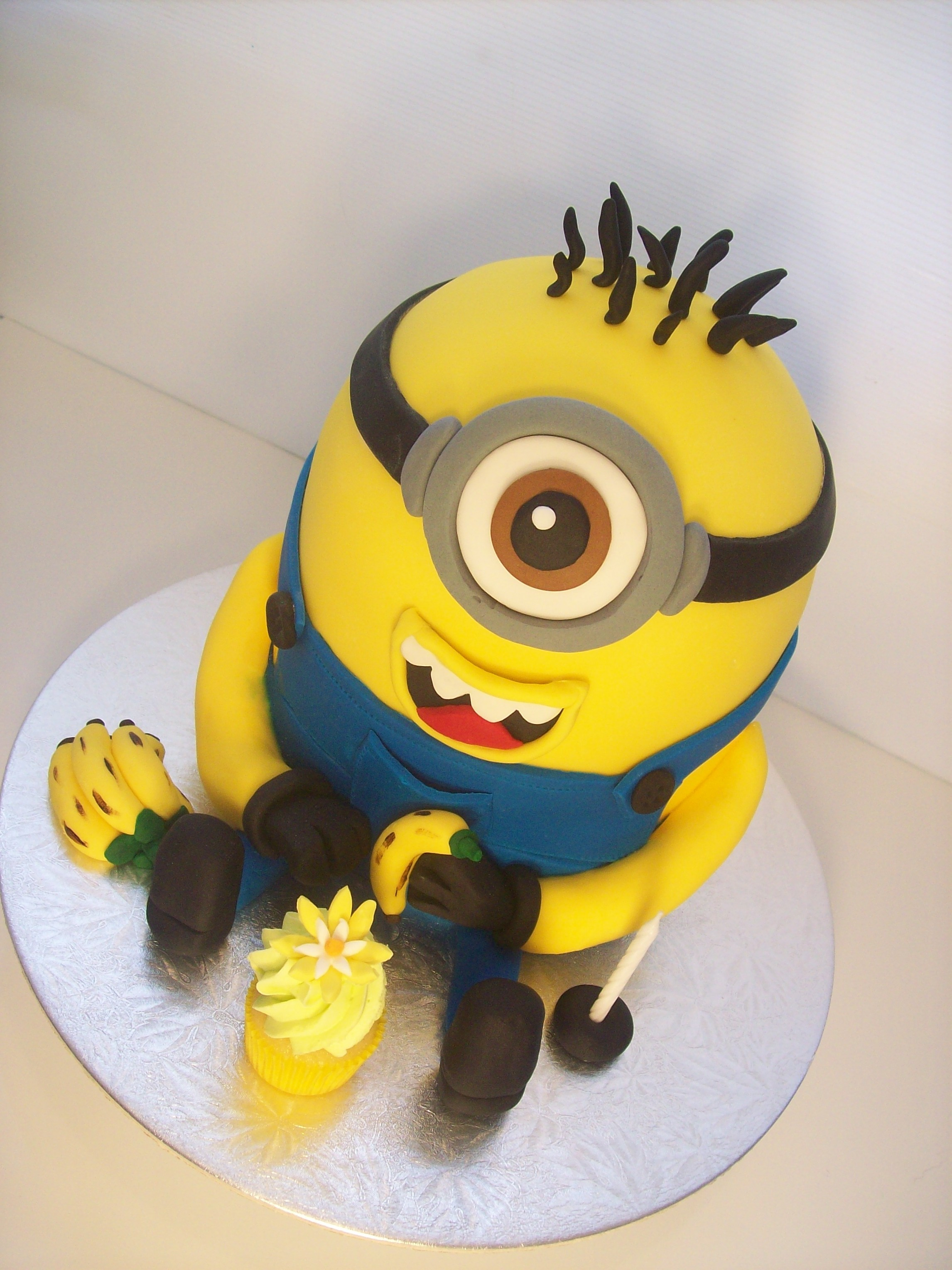 Smiling 3D Minion Cake $295 • Temptation Cakes ...