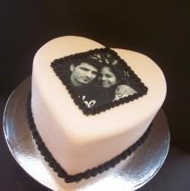 Image Heart Cake $149