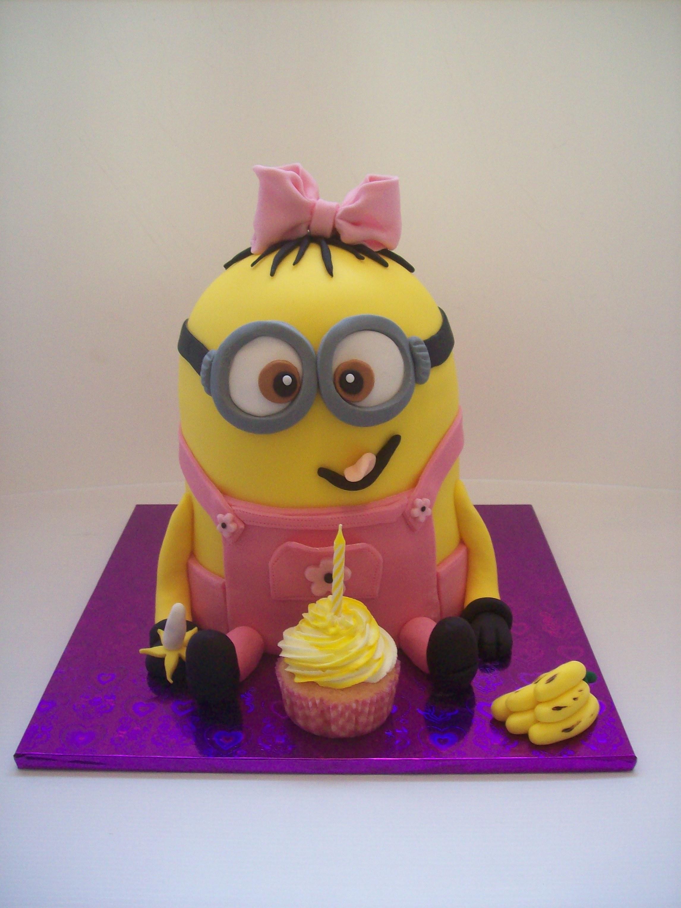 Girl Minion Cake 295 Temptation Cakes Temptation Cakes