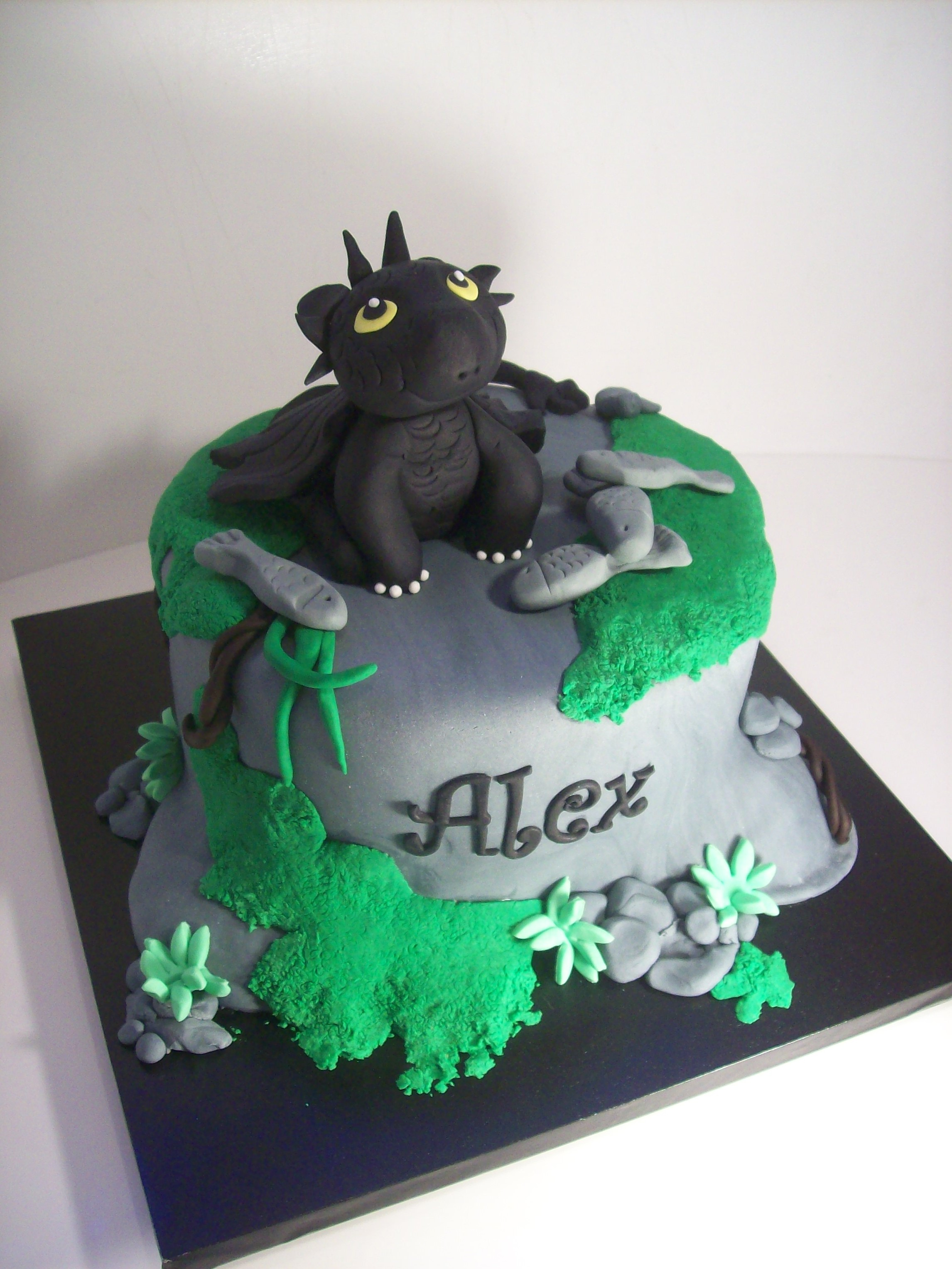 Cake Design Dragon Trainer : How to train your dragon Cake USD295   Temptation Cakes ...