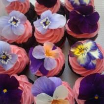 Fresh Flower Cupcakes $3.50 each mini