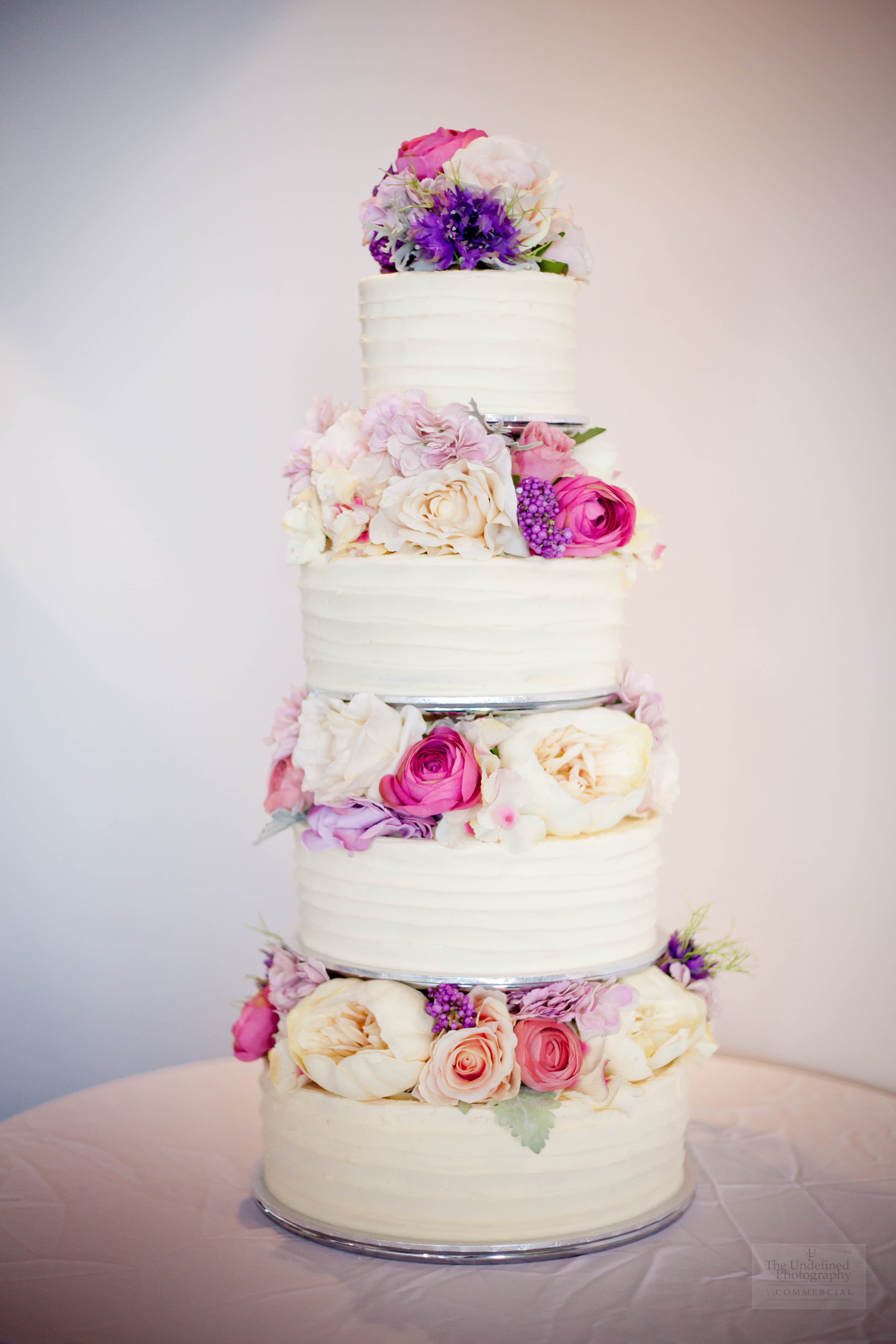 artificial flowers for wedding cakes wedding cake silk flowers 695 temptation cakes 10841