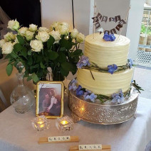 Just Married Cake $395