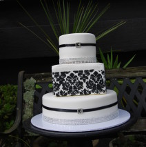 Demask Wedding Cake $650