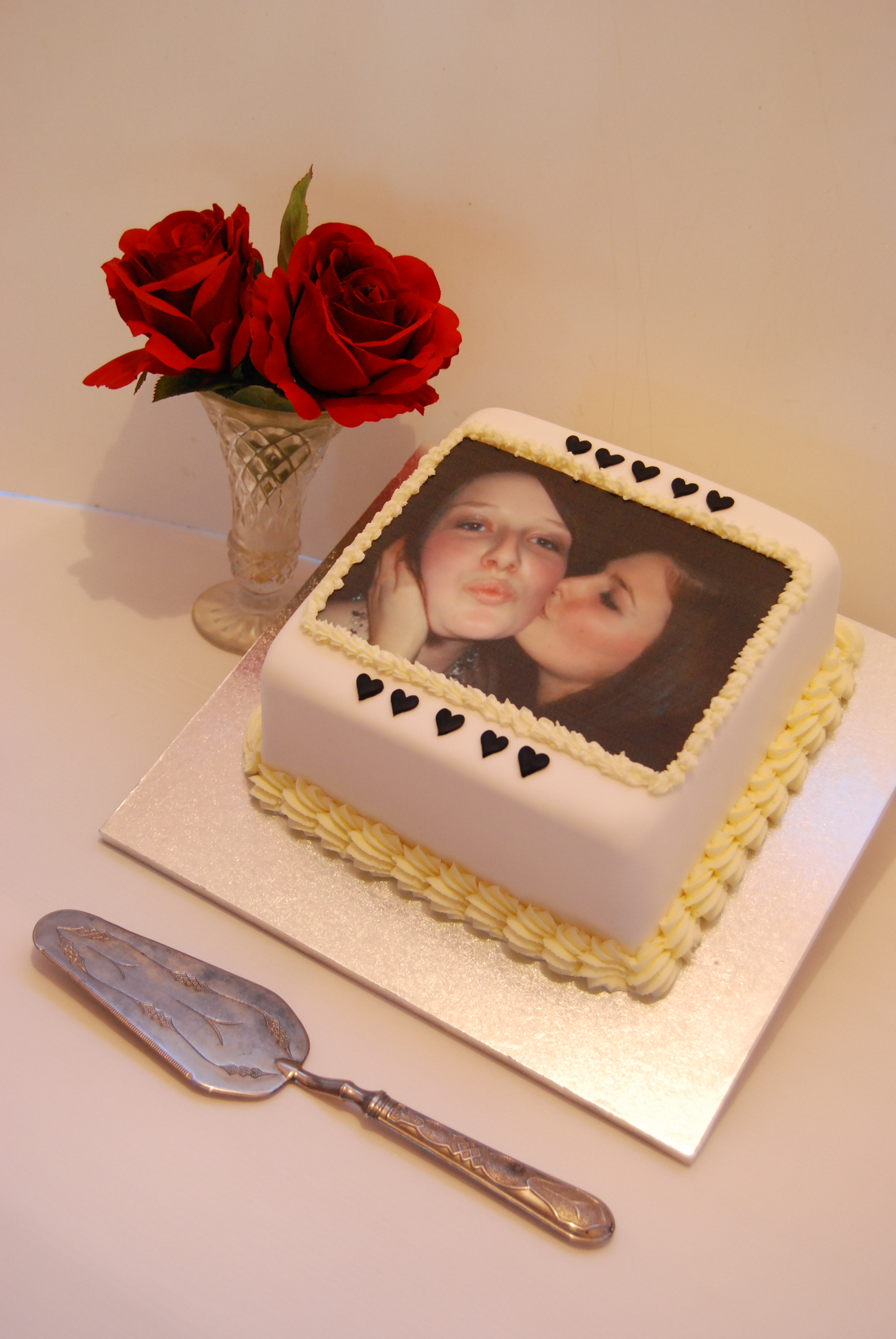 Cake Edible Images Nz : Edible Image Cake USD139   Temptation Cakes Temptation Cakes