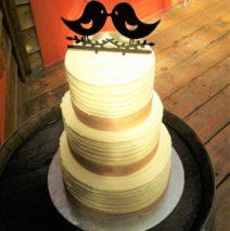 Hessian Rustic Wedding Cake $595