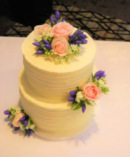 Fresh Flowers Wedding Cake $450