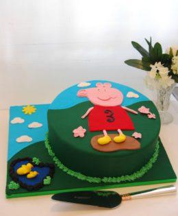 Peppa Pig Cake $195