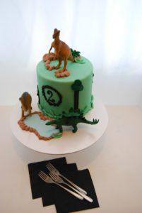 6 inch dinosaur cake