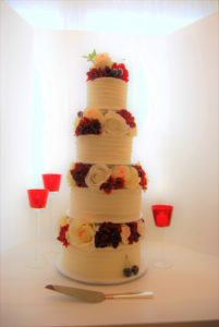 red and white 4 tier